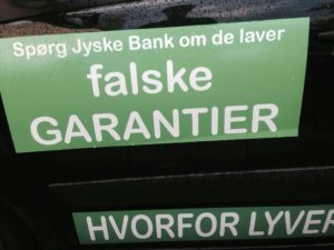 Falske garantier er et nyt arbejdes område for jyske bank, Skal vi tale om det, eller bare om svigforholdet eller grine sammen over det blev opdaget